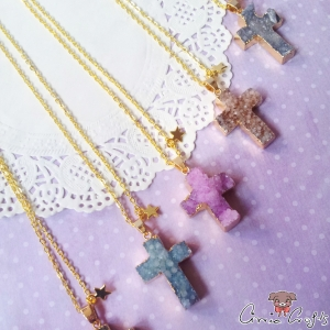 Agate with gold colored edge / cross / gold colored / different colors / necklace