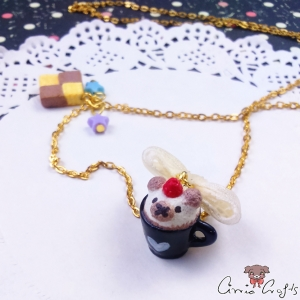 Caffè latte with a foamed milk bear / gold colored / necklace
