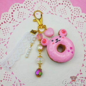 Bear shaped donut / gold colored / charm