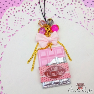 Chocolate bar with packaging / light pink / gold colored / charm