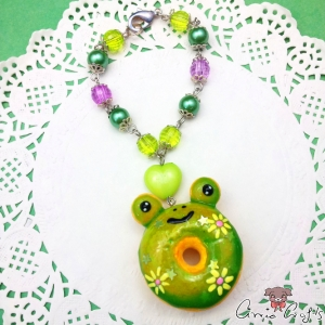 Frog shaped donut / silver colored / bag charm