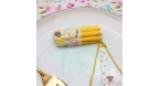 Churro with white chocolate / gold colored / pin