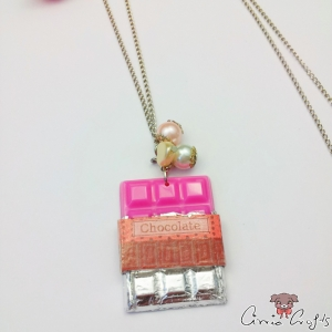 Wrapped chocolate bar / strawberry / silver colored / necklace
