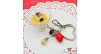 Dampfnudel with vanilla sauce and poppy seeds / silver-colored / keychain