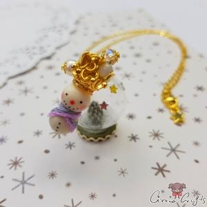 Schneekugel und Schneemann / Goldfarbend / Weihnachten / Halskette