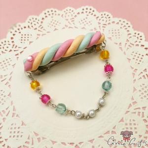 Marshmallow mit Perlenkette / Silberfarbend / Haarspange