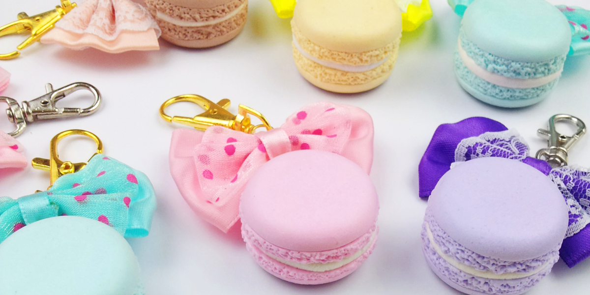 Cirria Crafts / Realistic Macarons / Charms